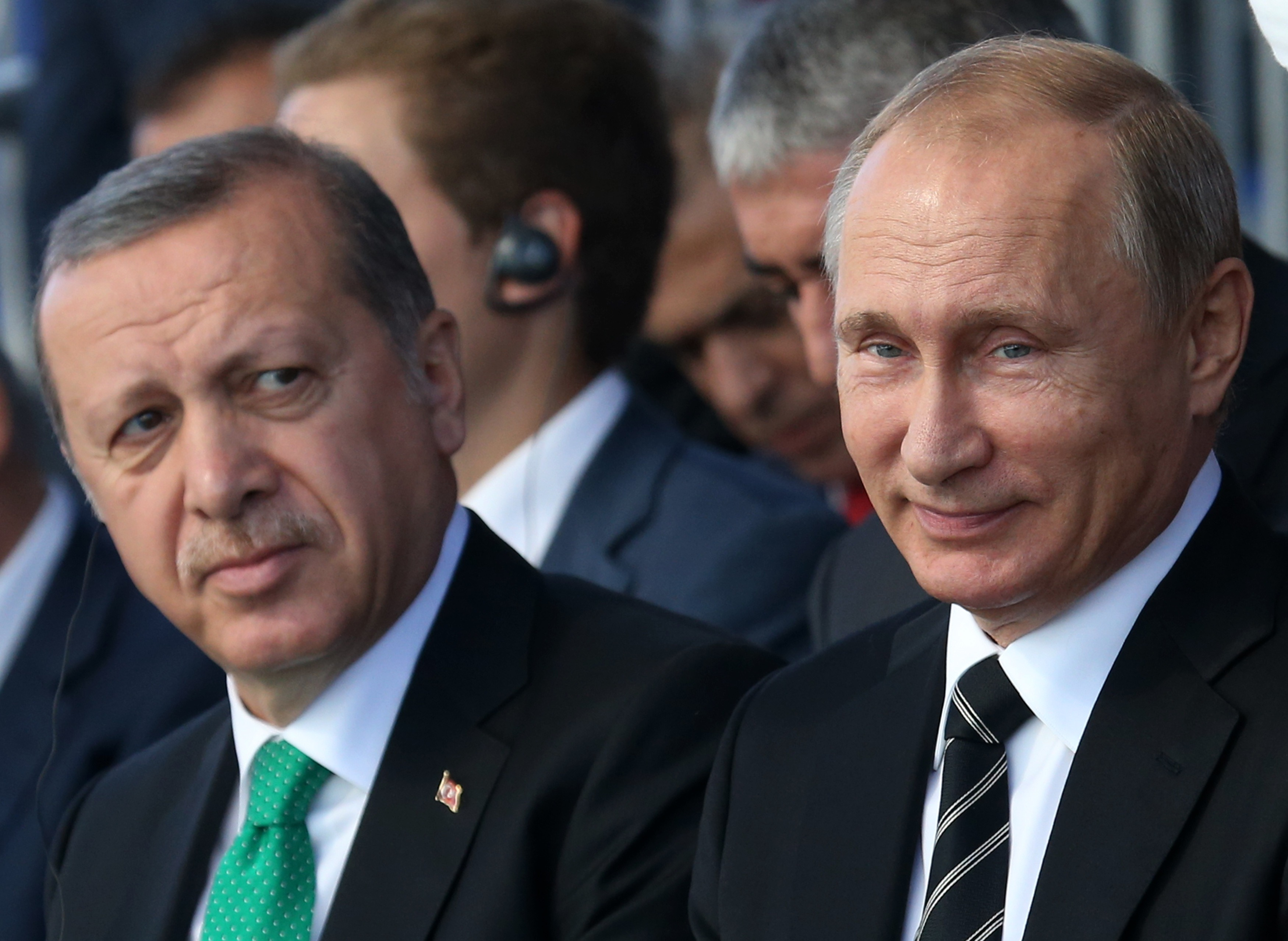 erdogan-mu-se-izvinil-na-putin-za-soboruvanjeto-na-ruskiot-avion-i-ubistvoto-na-pilotot