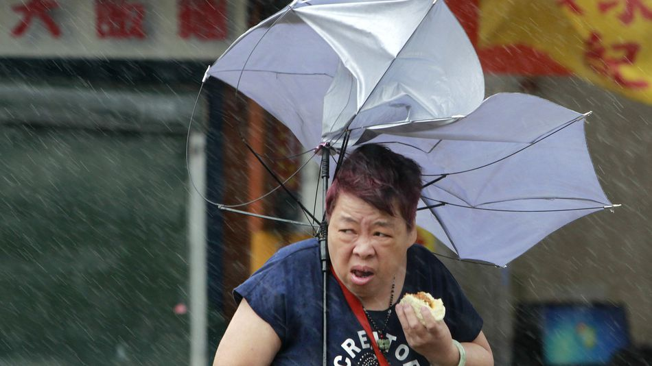 tajfun-go-paralizirashe-tajvan-najmalku-chetvorica-zaginati