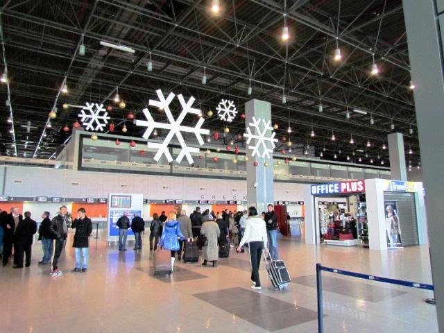 Околу 1 8 милиони патници лани патувале преку двата македонски аеродрома