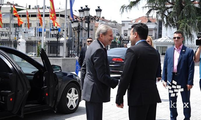 Заев ја повика опозицијата да се вклучи во реформите за евроинтеграциите