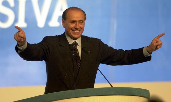 Страв од враќање на Берлускони на политичката сцена во Италија