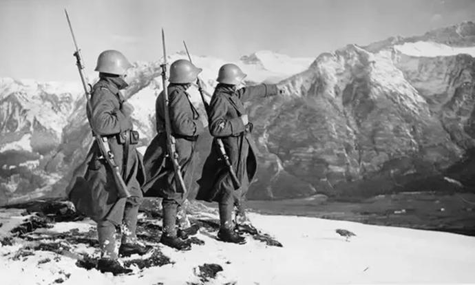 Зошто Хитлер не ја покорил Швајцарија