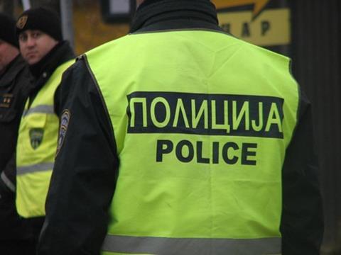 Пијан скопјанец нападнал сосетка со ножици