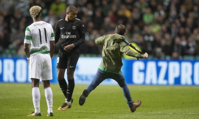 Навивач на Селтик сакаше да се пресмета со Мбапе