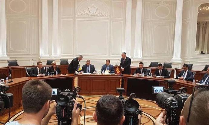 Македонија и БиХ договорија признавање на возачките дозволи и можност за замена