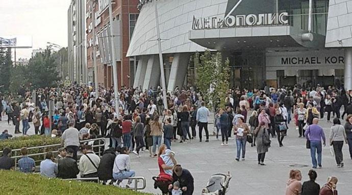Москва  Дојава за бомби  итна евакуација на 10 000 луѓе