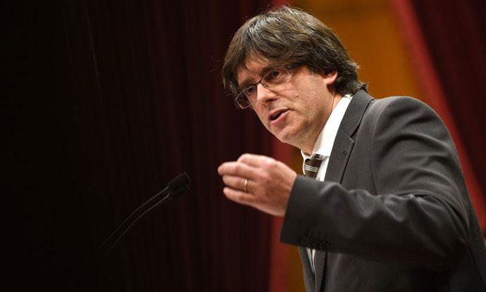 Лидерот на Каталонија се повлече  засега нема прогласување независност
