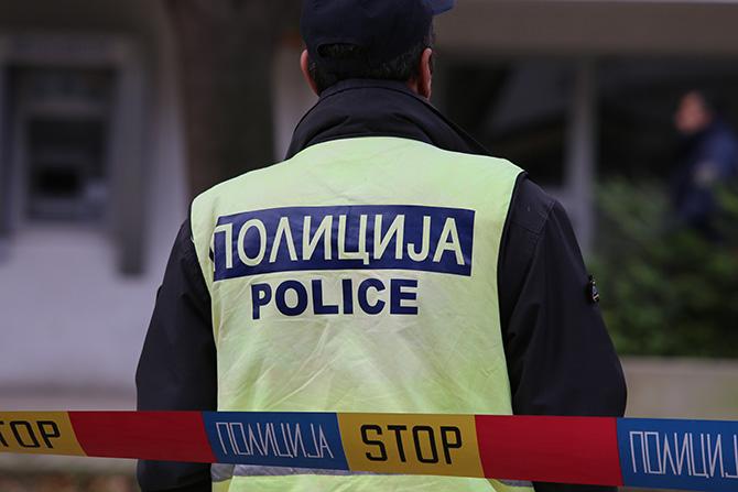 Украден па вратен автомобил што скопјанец го оставил со вклучен мотор
