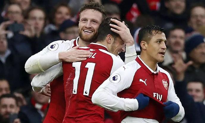 Арсенал излезе како победник во дербито на Северен Лондон
