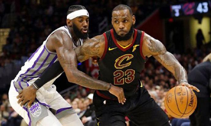 НБА  Кралот го покори Сакраменто  Порзингис се врати со победа