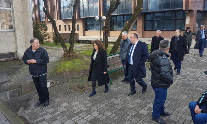 Јанакиевски  Пешевски и Груевски на судење за случајот со изградбата на автопатите