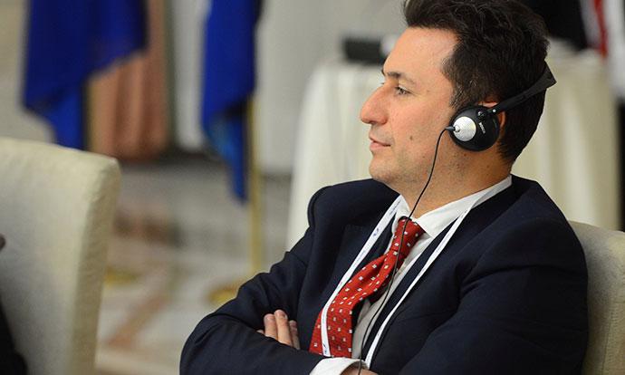 Груевски утре наместо на судење  ќе ги слуша бомбите за уривањето на Космос во судот