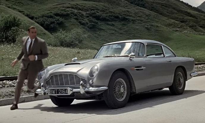10 најлегендарни филмски автомобили на сите времиња