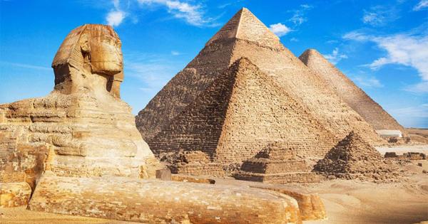 Египет го кани Маск лично да се увери како се градени пирамидите