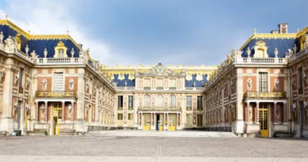 Бројот на посетите на Замокот Версај во драстично опаѓање поради недостиг на странски туристи