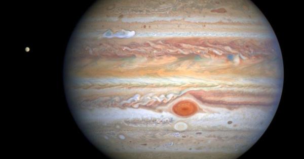 Како изгледа бура на Јупитер?