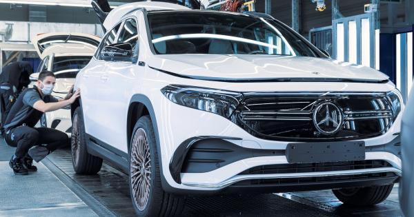 Погледнете како се прави електричниот Mercedes EQA