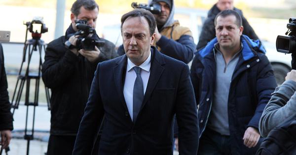 Заев ги повикал на состанок одговорните лица надлежни за бегството на Мијалков