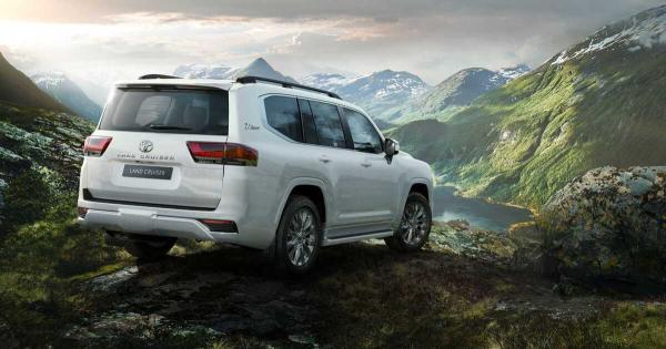 Toyota го претстави новиот Land Cruiser