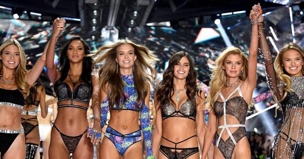 Ангелите на Victoria's Secret заминуваат во историјата