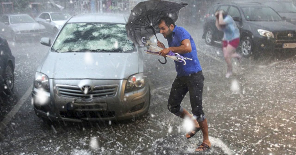 Страшно невреме во Италија, град уништи стотици автомобили